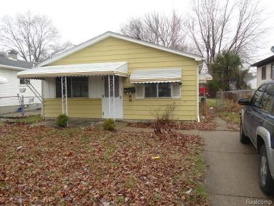 Hazel Park Single Family Home For Sale: 1523 E George Avenue