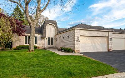 Bloomfield Twp Condo/Townhouse For Sale: 5180 Woodlands Trail