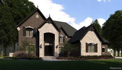 Bloomfield Twp Single Family Home For Sale: Bataan Drive
