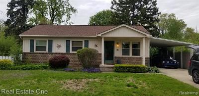 Sterling Heights Single Family Home For Sale: 8125 Ogden Drive