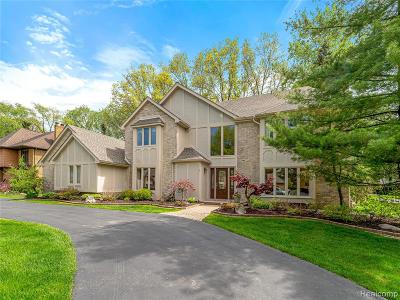Bloomfield Twp MI Single Family Home For Sale: $944,900