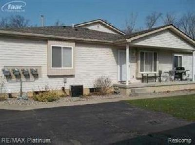 Condo/Townhouse Sold: 9544 Parkwood Drive