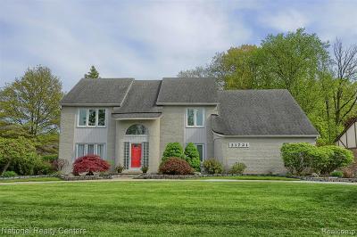 Farmington Single Family Home For Sale: 31721 Bristol Lane
