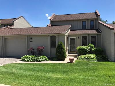 West Bloomfield Twp Condo/Townhouse For Sale: 2992 Moon Lake Drive
