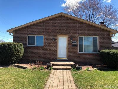 Warren Single Family Home For Sale: 30956 Saint Onge Circle
