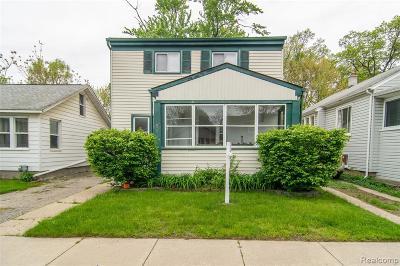 Ferndale Single Family Home For Sale: 455 E Lewiston Avenue