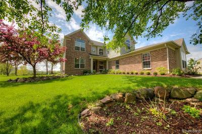 Fenton, Linden, Holly Twp, Grand Blanc, Hartland Twp, Swartz Creek, Highland Twp, Milford Single Family Home For Sale: 2797 Steeplechase