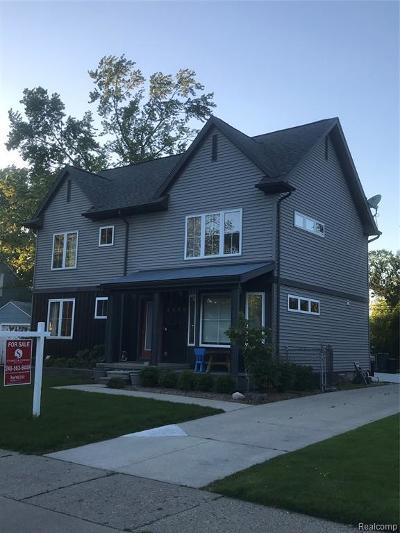 Berkley Single Family Home For Sale: 2392 Cambridge Road