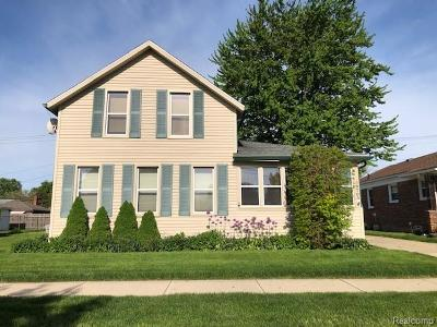 Clinton Twp, Harrison Twp, Roseville, St. Clair Shores Single Family Home For Sale: 29703 Taylor Street