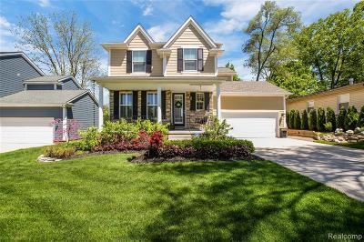 Northville Single Family Home For Sale: 872 N Center St