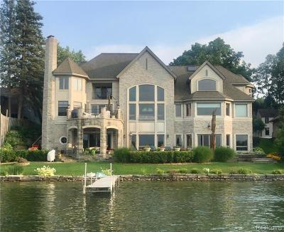 West Bloomfield Twp Single Family Home For Sale: 7314 Colony Drive