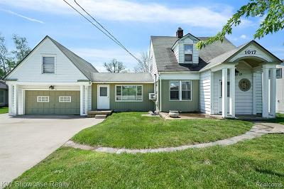Waterford Twp Single Family Home For Sale: 1017 Otter Ave