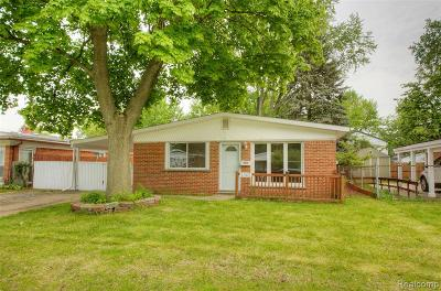 Oakland County Single Family Home For Sale: 1362 Moulin Avenue