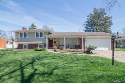 Dearborn Heights Single Family Home For Sale: 735 S Beech Daly Street