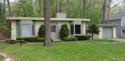 Commerce Single Family Home For Sale: 8494 Edgewood Park Dr Drive