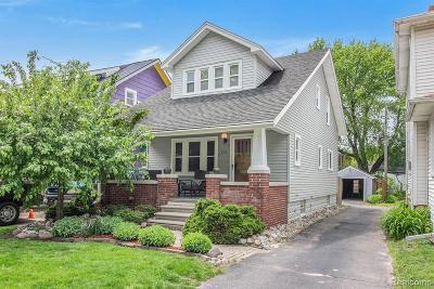 Royal Oak Single Family Home For Sale: 310 S Laurel Street