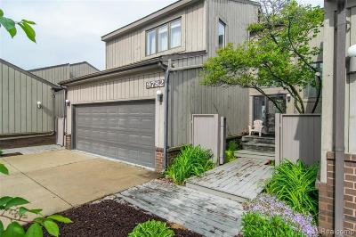 Grosse Ile Twp Condo/Townhouse For Sale: 9782 Hawthorne Glen Drive
