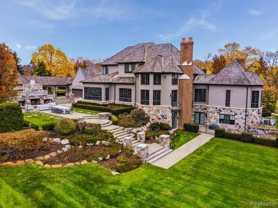 Bloomfield Hills Single Family Home For Sale: 1161 Pembroke Drive