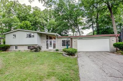 West Bloomfield Single Family Home For Sale: 5558 Haverhill