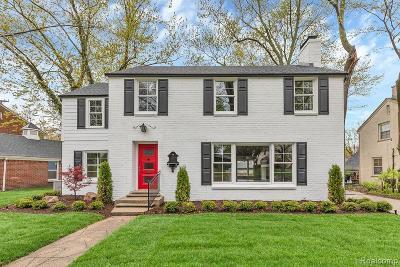 Huntington Woods Single Family Home For Sale: 26025 Huntington Road
