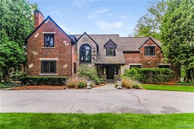 Bloomfield Hills MI Single Family Home For Sale: $1,700,000