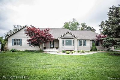 City Of The Vlg Of Clarkston, Clarkston, Independence, Independence Twp Single Family Home For Sale: 4697 Olde Oaks