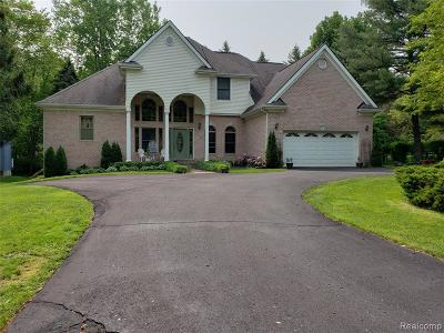 West Bloomfield Twp Single Family Home For Sale: 2425 Mission Boulevard