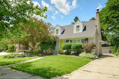 Royal Oak Single Family Home For Sale: 2826 Bembridge Road
