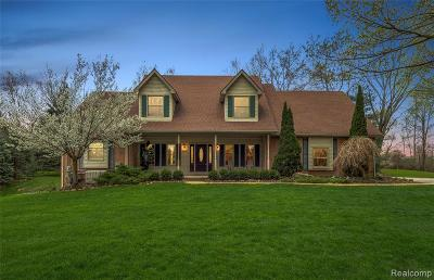 City Of The Vlg Of Clarkston, Clarkston, Independence, Independence Twp Single Family Home For Sale: 4695 Indianwood Court