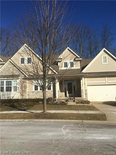 Commerce Twp Condo/Townhouse For Sale: 3182 Belle Terre
