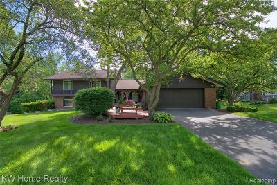 West Bloomfield, West Bloomfield Twp Single Family Home For Sale: 2514 Wickfield Court