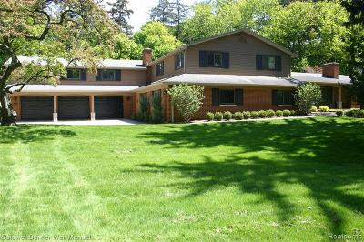 Bloomfield Twp Single Family Home For Sale: 3515 Walbri Drive