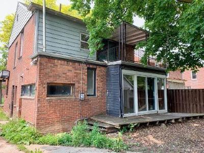 Detroit Single Family Home For Sale: 16190 Harlow Street