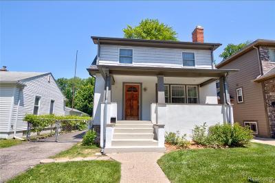 Royal Oak Single Family Home For Sale: 319 Dewey Street
