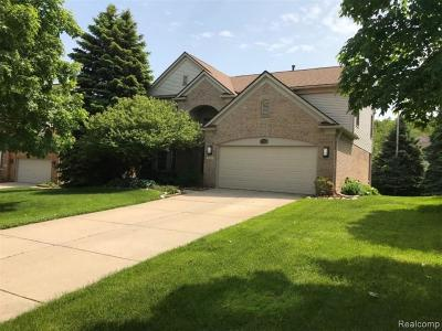 West Bloomfield Single Family Home For Sale: 2263 Timberridge Drive