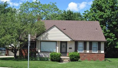 Eastpointe Single Family Home For Sale: 16737 Toepfer Drive S