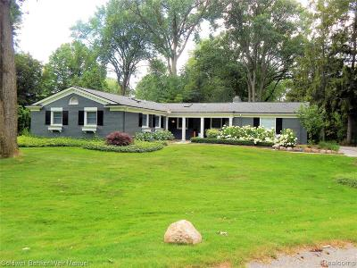 Bloomfield Twp Single Family Home For Sale: 2882 Masefield Court