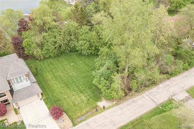West Bloomfield Twp Residential Lots & Land For Sale: Putnam Dr