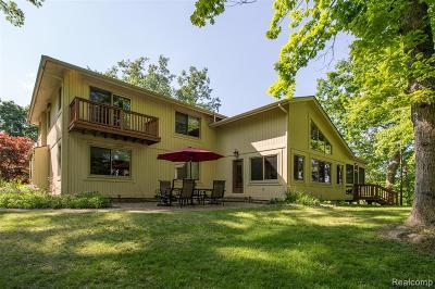 Single Family Home For Sale: 4879 Canyon Oaks Drive