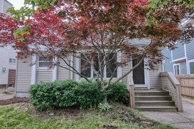 Single Family Home For Sale: 1258 E Lincoln Street