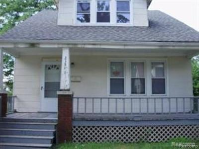 Royal Oak, Royal Oak Twp Single Family Home For Sale: 21341 Parkside Boulevard