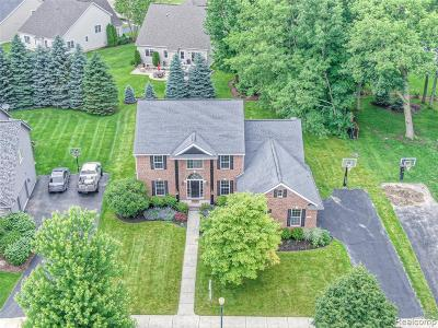 Single Family Home For Sale: 5827 Woodfield Parkway
