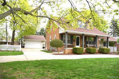 Berkley Single Family Home For Sale: 3254 Brookline Street