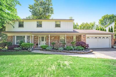 West Bloomfield Twp Single Family Home For Sale: 7134 Heather Heath
