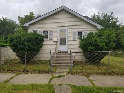 Detroit Single Family Home For Sale: 10001 Holmur Street