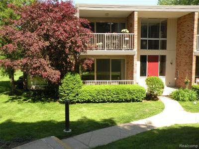 Bloomfield Twp Condo/Townhouse For Sale: 4041 W Maple Road #E101