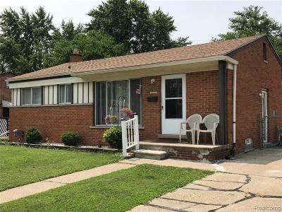 Warren Single Family Home For Sale: 24053 Joanne Avenue
