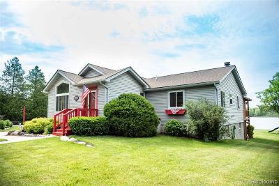 Single Family Home For Sale: 3443 Mahopac Drive