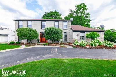 West Bloomfield Twp Single Family Home For Sale: 5510 Crispin Way Road