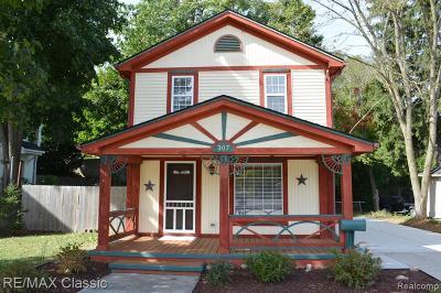 Northville Single Family Home For Sale: 307 N Center Street